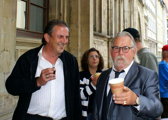Am Rathaus mit Urgestein Kahni, Weimar, 30.05.2010