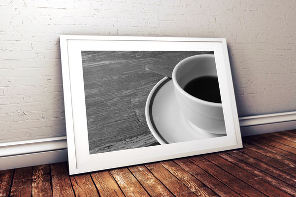 """Titel: """"sobremesa"""" (Spanisch: Zeit und Gespräche genießen nach dem gemeinsamen Essen mit Freunden) Format: 50 x 40 cm / Preis: 119,- inkl. Rahmen"""