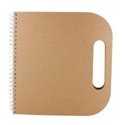 Código  HL 120  Libreta - 70 Hojas de raya. Incluye notas adheribles, bolígrafo ecológico, compartimento para tarjetas y espiral metálico doble    Material: Cartón / Espiral metálico  - Tamaño: 19.8 x  20.5 cm