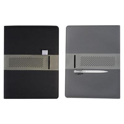 Código M 80940 CARPETA UYUNI (Incluye block de raya tamaño A4 con 20 hojas, elástico para bolígrafo, compartimento para documentos y tarjetas. No incluye bolígrafo.)  Material:  Curpiel. Tamaño: 23.5 x 31.1 cm