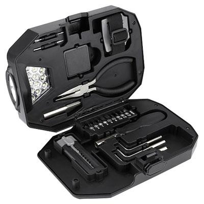 Código  HER 033 -SET DE HERRAMIENTAS VALGUS- Contiene pinzas de punta, lámpara de 13 LEDS (3 pilas AAA N/I), flexómetro 1m, 2 desarmadores relojero, 10 puntas desarmador, 3 llaves hexagonales y cúter. Material: Metal / Plástico. Tamaño: 20 x 14.4 cm.
