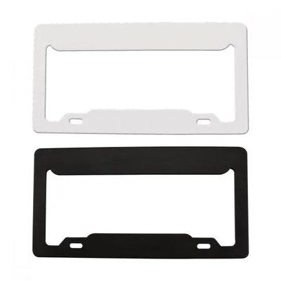HER PRO 024  PORTA PLACA   Porta placa de plástico para automóvil.  Material: Plástico.   Tamaño:  31 x 16 cm