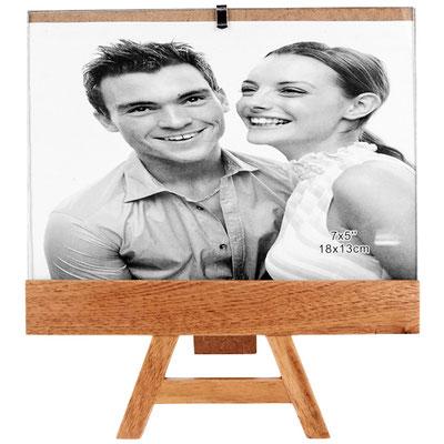 Código PRT 018  PORTARRETRATO AREZZO (Tamaño de la foto 18 x 12.5 cm. ) Material: Madera. Tamaño:18 x 20 cm.