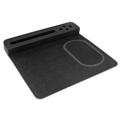 Código AST 002 MOUSE PAD CARGADOR AGADIR (Mouse pad con cargador inalámbrico, porta plumas y base para smartphone.)   Material:  Plástico / PU / Tela.    Medida:  27 x 25 cm