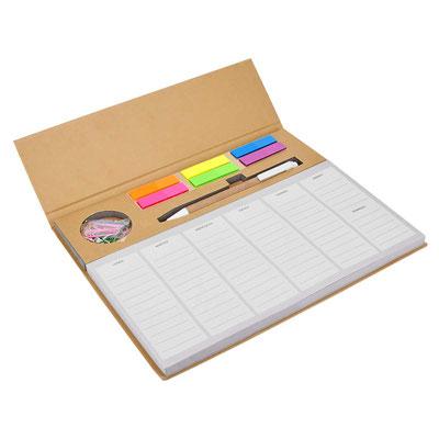 Código HL 6280 PROGRAMADOR PRISTINA (Programador semanal con 100 hojas. Incluye bolígrafo ecológico, clips y banderillas adheribles de 6 colores.)   Material: Cartón / Papel / Plástico. Tamaño: 24.6 x 19.8 cm