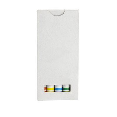 Código DPO 014 CAJA DE CRAYONES. Caja de cartón con 5 crayones de varios colores. Material: Cera / Caja de Cartón. Tamaño: 4.3 x 9.2 cm.