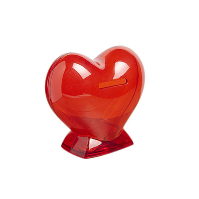 Código INF 035  ALCANCíA DE CORAZóN. ALCANCíA DE CORAZóN COLOR ROJO TRANSLúCIDO. Material: Plastico.  Tamaño: 6.5 x 10 cm.