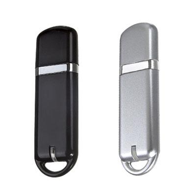 Código USB 120 -USB STORAGE- Se enciende LED de color al conectar. Incluye caja individual, 8GB. Material: Plástico .  Tamaño: 2 x 6.6 cm.
