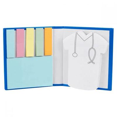 Código  HL 045   PORTA NOTAS DOCTOR    Incluye 2 blocks de notas adheribles y 5 banderillas de colores.  Material: Cartón.  Tamaño:  8.2 x 9.9 cm