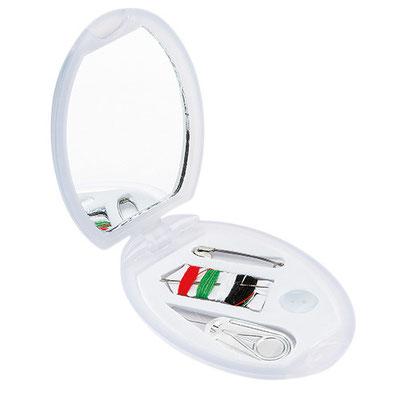 COSTURERO  OVALADO  CODIGO  DAM  810 Incluye 4 accesorios. Material: Plástico.  Tamaño: 7.7 x 5.4 cm.