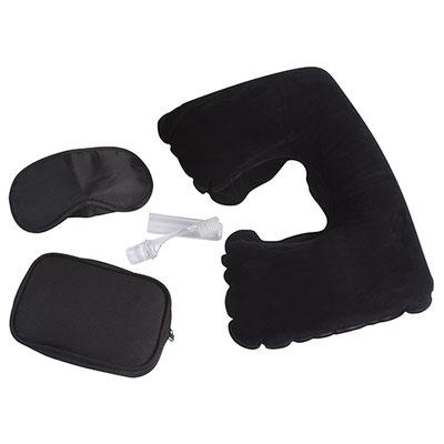 Código PRO 540 -KIT REST- Contiene antifaz para dormir, almohada inflable de viaje, cepillo portátil, un par de tapones para oídos y estuche.  Material: Gamuza / Poliéster / Plástico. Tamaño: 16 x 10 cm Estuche.