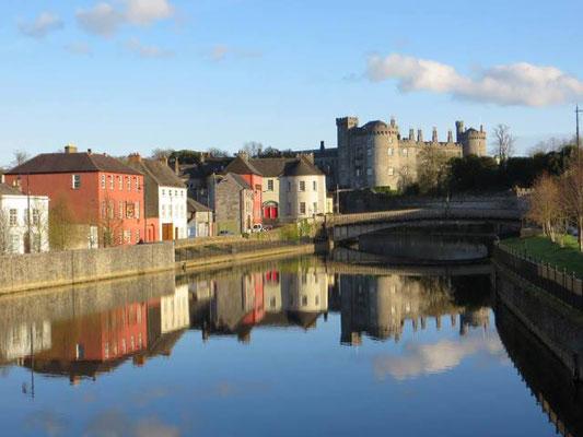 Kilkenny am Fluss Nore/ Irland.