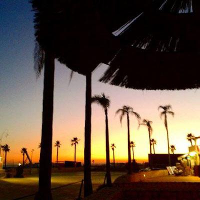 Sonnenuntergang an der Algarve-Küste/ Portugal.