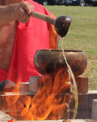 Shiva Yoga Temple Lissone Yoga Veda Yajna Homa Puja Sai Baba Asana Meditazione Veda Yogi Pranidhana