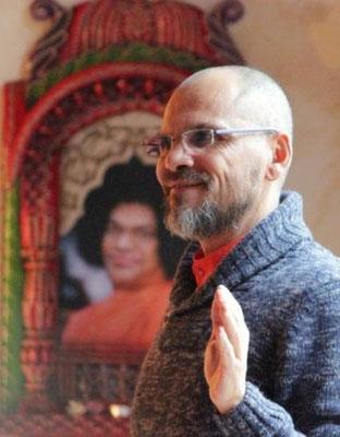 sri yogi pranidhana veda yoga formazione meditazione sathya sai baba