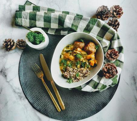 Quinoa gehaktballetjes met pompoensaus