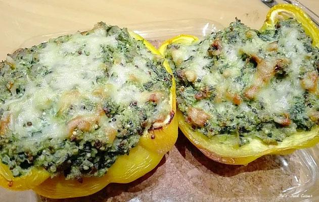 Gevulde paprika met ricotta, spinazie en gehakt