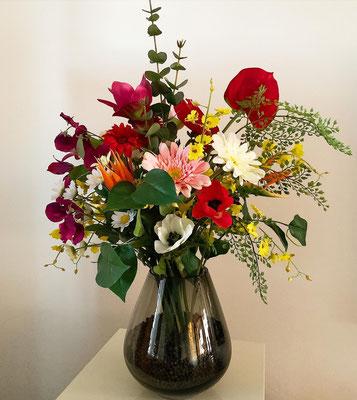 Blütenzauber in Glasvase