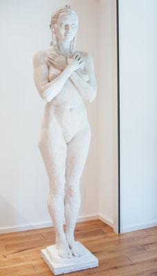 Freia, 2006, Steinguss, 46cm x 38cm x 198cm