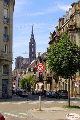 Die Kathedrale Notre Dame ist fast in der ganzen Stadt sichtbar.