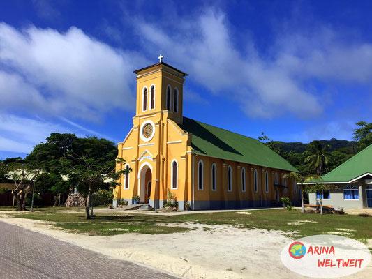 """Kirche """"Notre Dame de L'Assomption""""  in der Ortschaft La Réunion"""