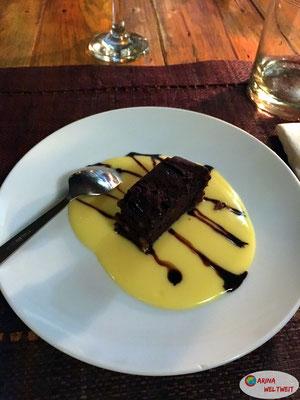 Es gab sogar Nachtisch.... Lecker Brownie!