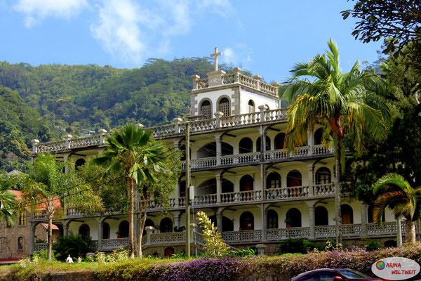 Priesterwohnhaus La Domus