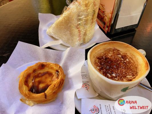 Geburtstagsfrühstück: Pastel de Nata, leckerer Kaffee und Sandwich