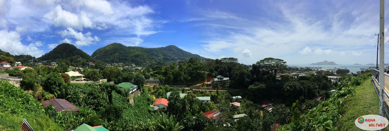 Blick von Bel Air - die Hauptstadt mitten im Dschungel
