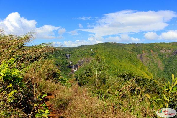 Blick auf die oberen Tamarind Falls (Vacoas) - von dieser Seite gegenüber der Wasserfälle sind wir losgewandert