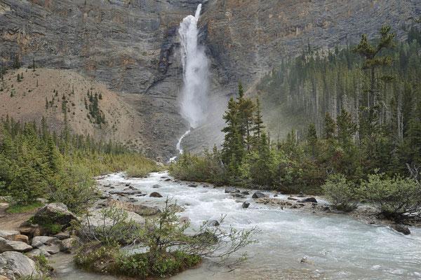 Takakkaw Falls / ch158585