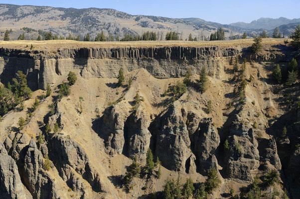 Basalt-Felsen beim Tower Fall / ch059682