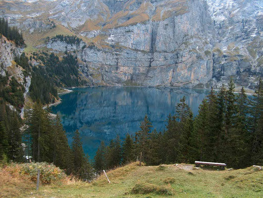 Weitwandern ohne Gepäck Bärentrek-Hintere Gasse Berner Oberland: Oeschinensee