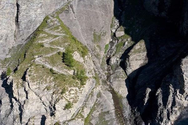 Weitwandern vom Wallis ins Berner Oberland: Alpenerlebnisroute Leukerbad-Gemmi-Mürren