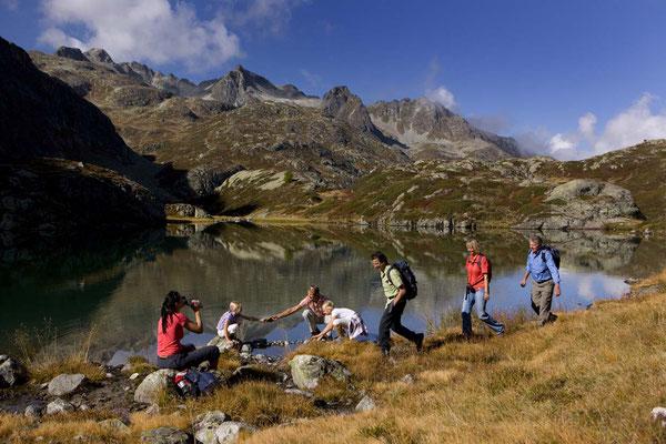 Weitwandern im Welterbe Räthische Bahn: Via Albula und Bernina