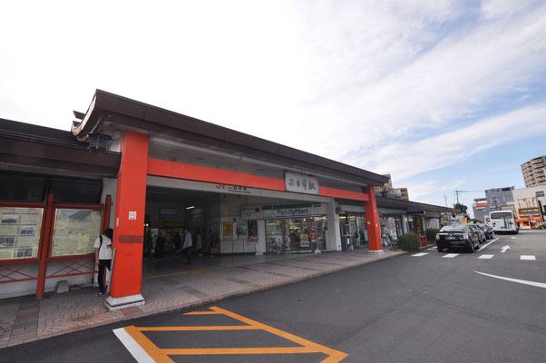 JR二日市駅から徒歩1分の立地です。