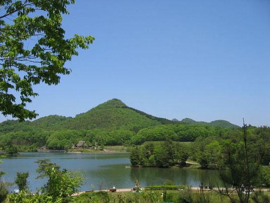 福島大池と有馬富士