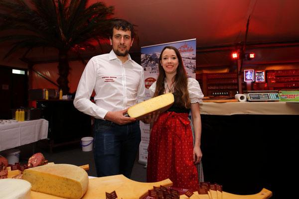 Verkostung der Produkte vom Klausbauern bei der Wein- und Genuss-Gala 2019 in Großarl