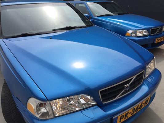 volvo V70R AWD Laserblue