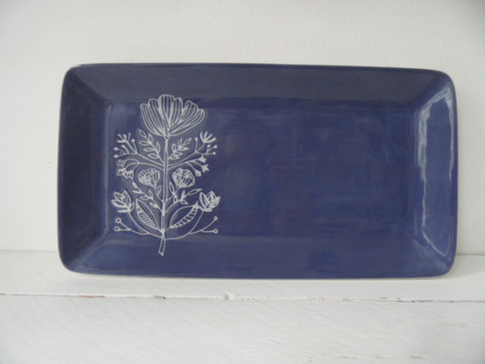 Individuell bemalte Platte aus Keramik