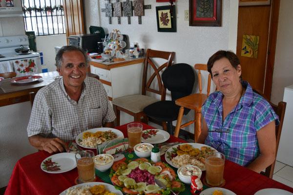 Juan y Gilda, nuestros grandes amigos colombianos