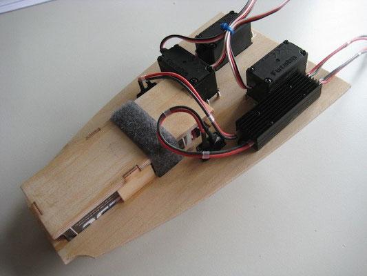 """Servo-/Akkuhalter mit DPSI Micro """"Unterseite"""""""