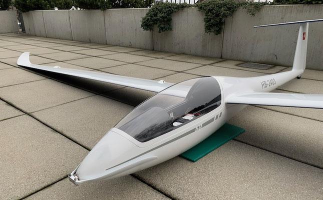 """Fertiges Modell mit 4.28m Spannweite """"Ansicht mit LEOFES"""""""