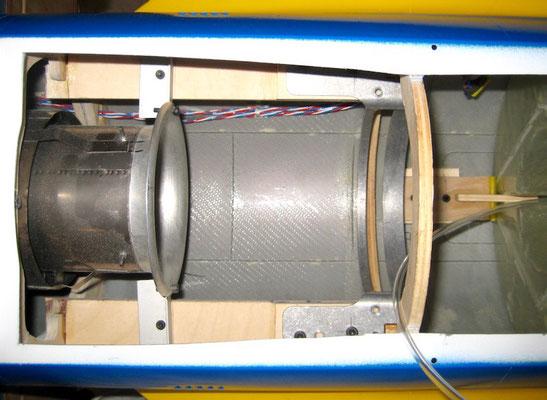 """Turbinen-/Schubrohrhalterung """"Montiert"""""""