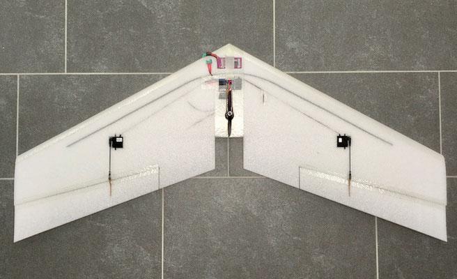 """Fertiges Modell (noch ohne Winglets) """"Oberseite"""""""