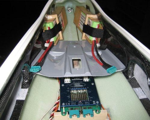 RX-Akkuhalter mit Akku-/RC-Weiche
