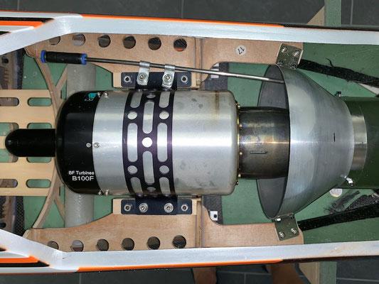 """Rumpf, Turbine-/Halterung-/Rauchzuleitung """"Montiert"""""""