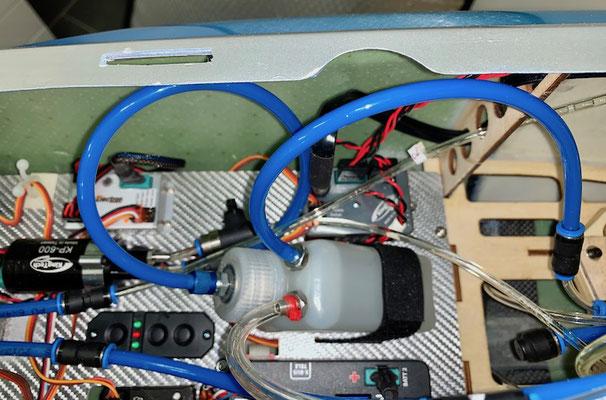 """Rumpf, RC-Einbaubrett mit entsprechenden Komponenten """"Montiert"""""""