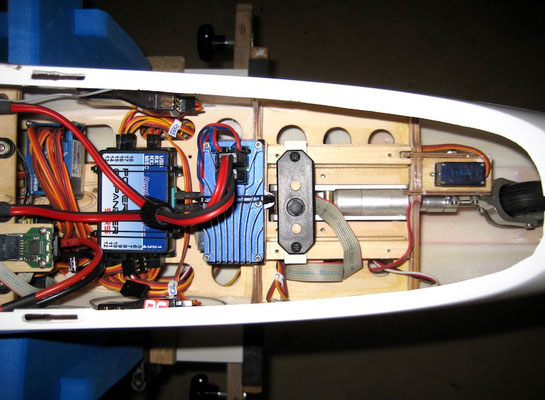 Detail RC-Elektronic Einbauten
