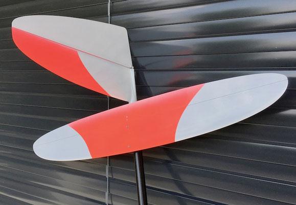 """Fertiges Modell """"Detail Leitwerk Oberseite"""""""